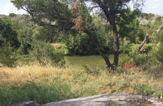95 Acres on San Saba River