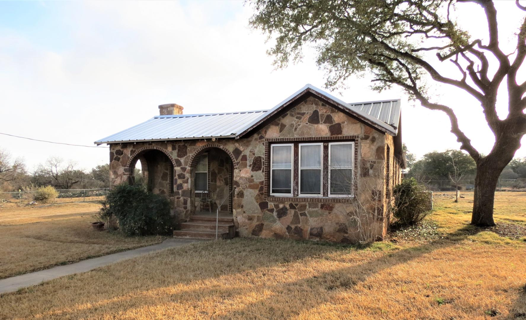 Surprising 15889 Oak St Fredonia Tx Nice 3 2 Renovated Home Nine Download Free Architecture Designs Scobabritishbridgeorg